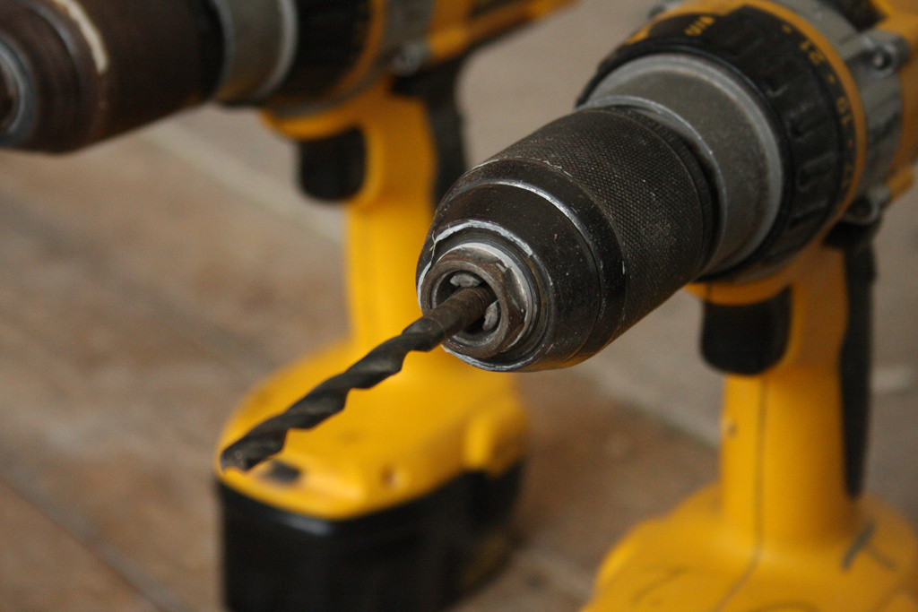 Tips to Consider When Buying a Dewalt Drill | Festipoaliteraria Home